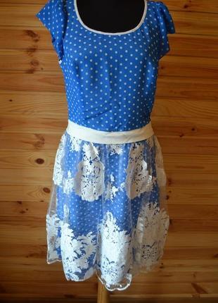 Кружевное платье iren кlairie! голубое в горошек! роскошное кружево вышивкой!