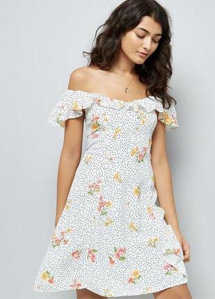 Актуальное платье трапеция с оборками в горошек и цветы из вискозы, легкий сарафан