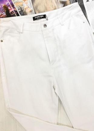 ... Білі джинси з плотного деніму від англійського бренду fushion union3 ... 1225a86227cb6