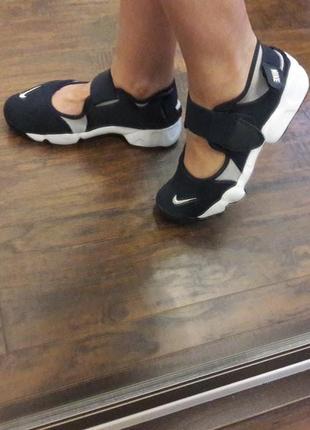 Босоножки сандалии кроссовки сетка на липучках летние оригинал