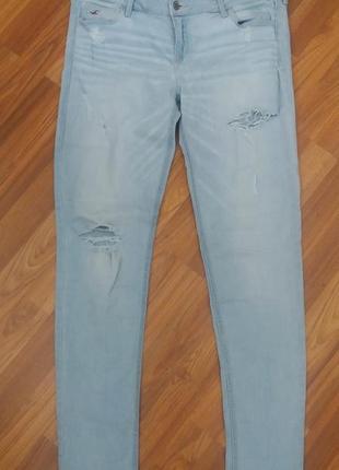 Джинсы рваные голубые легкие стрейч hollister 32-33