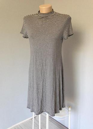 Платье трикотажное свободного кроя в идеале размер м