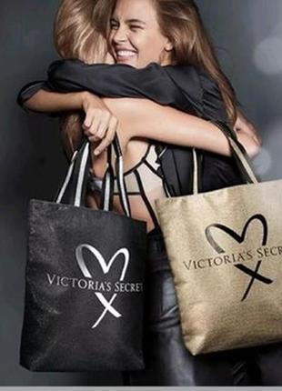 Пляжная золотистая сумка victoria's secret