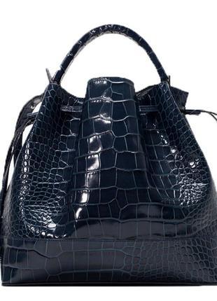 Сумка-торба темно-синяя из «змеиной» кожи zara