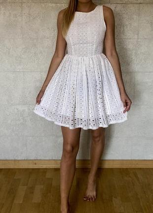 Белое платье украинского бренда tago