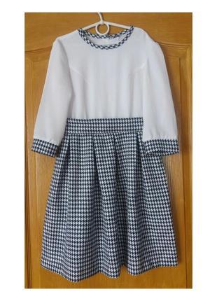 Нежное платье на девочку