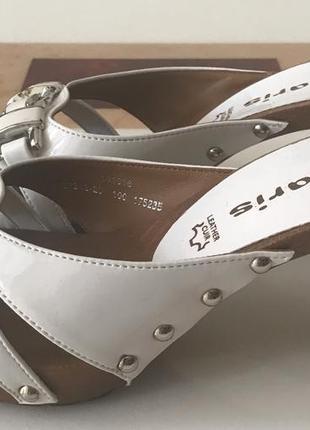 Новые кожаные сабо tamaris