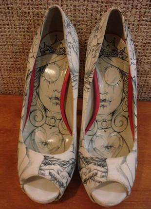 Весенние кожаные туфли с открытым носком бренд iron fist