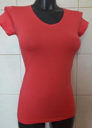 Красивая стильная,стрейчевая женственная малиновая футболка  divon,one size(40,42,44,46)