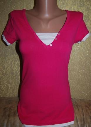 Стильная модная приталенная котоновая розовая футболка 95 % котон