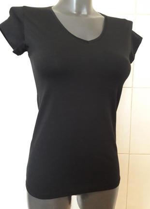Красивая стильная,стрейчевая женственная черная футболка divon,one size(40,42,44,46)