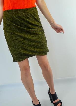 Zara мини - юбка в рубчик изумрудно-мраморного цвета