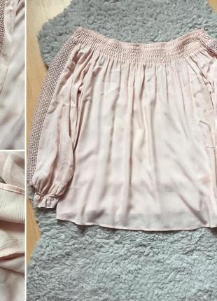 Красивая пудровая блуза с открытыми плечиками от f&f