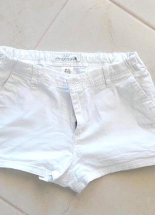 Белые летние шорты от h&m