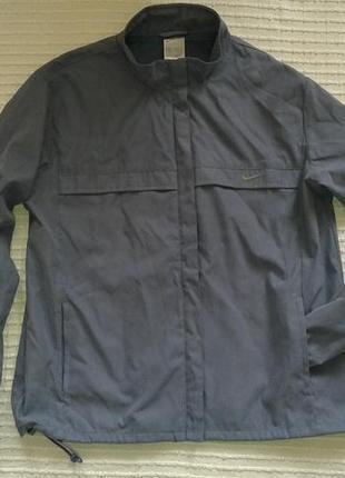 Отличная куртка ветровка от nike, p.m