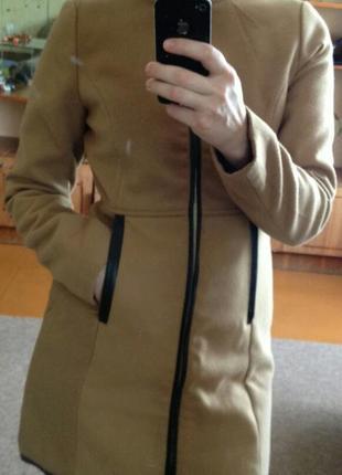 Пальто от pull&bear