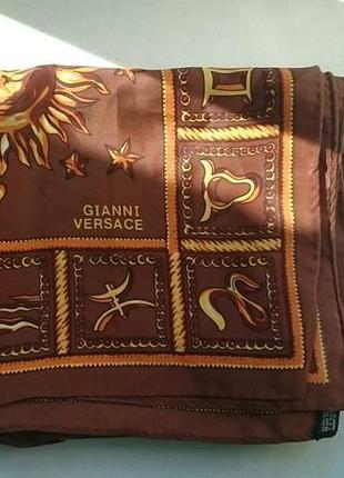 Винтажный шелковый платок gianni versace2