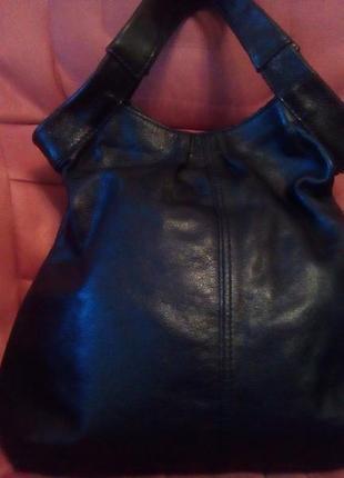 Вместительная кожаная сумка autograph