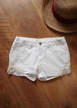 Шорты джинсовые белые с кружевом кружевные ажурные шорти білі мереживо xs s