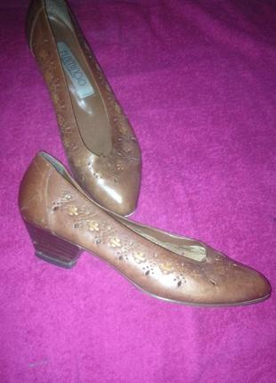 Винтажные туфельки натуральная кожа