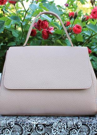 Кожаная (натуральная кожа) итальянская сумка цвета пудры, италия