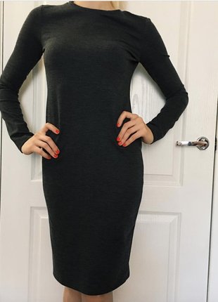 Новое трикотажное платье zara