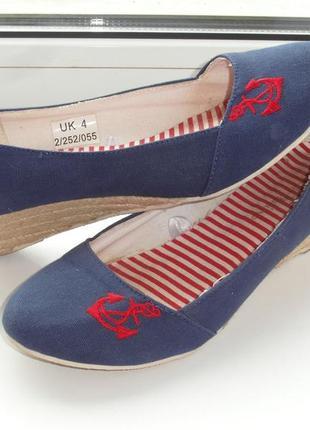Летние туфли размер 37, в морской тематике