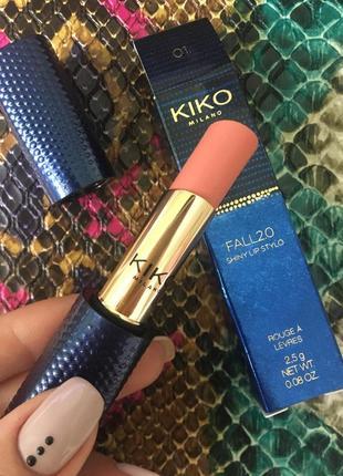 Помада для губ shiny lip stylo 01 kiko