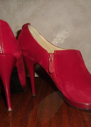 Стильные женские туфельки на шпильке ярко-красного цвета, размер 37