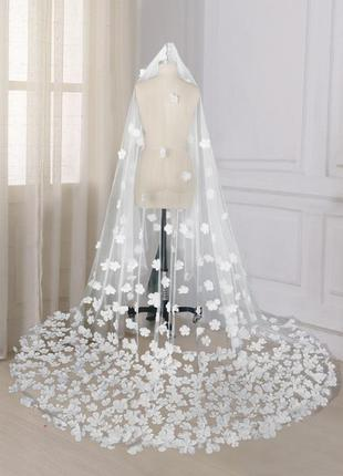 Свадебная фата словно из сказки айвори шлейф1
