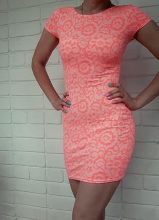 Платье короткое пл фигуре