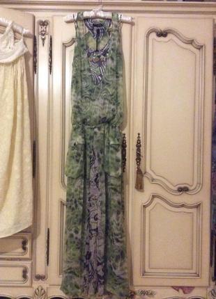 Платье шикарное шёлковое