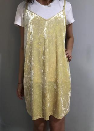 Платье бархат от zara basic