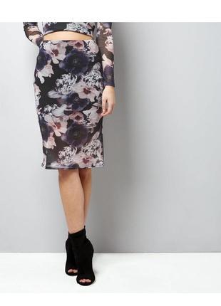 Безумно красивая сетчатая юбка карандаш в цветах миди