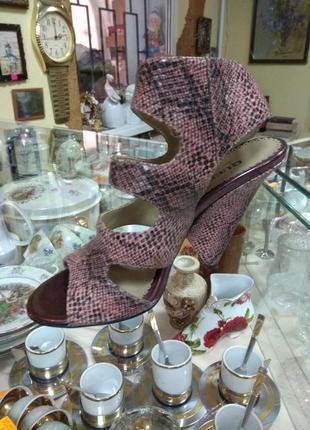 Суперские босоножки туфли queen2 фото