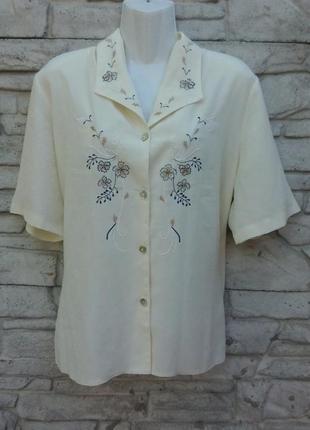 Распродажа!!! красивая блуза кркмового цвета с вышивкой