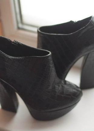 Крутые и стильные туфли sergio todzi