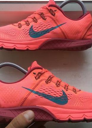 Продам спортивные розовые кроссовки nike zoom kiger 38р
