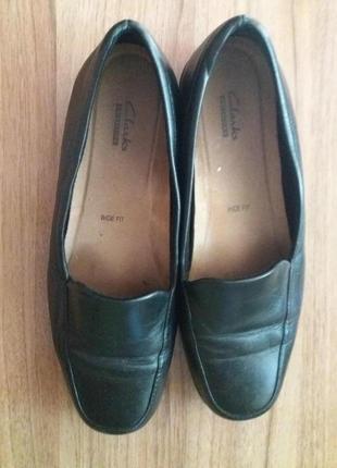Мягкие , комфортные туфельки clarks 39р. (6,5)