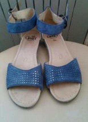 37 р. caprice. кожаные невесомые босоножки сандалии