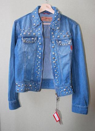 Джинсовая куртка с декором - заклепками phard