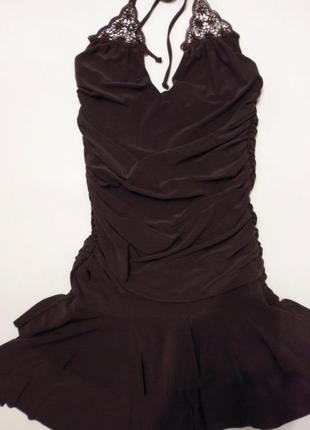 Короткое  платье  ax paris.
