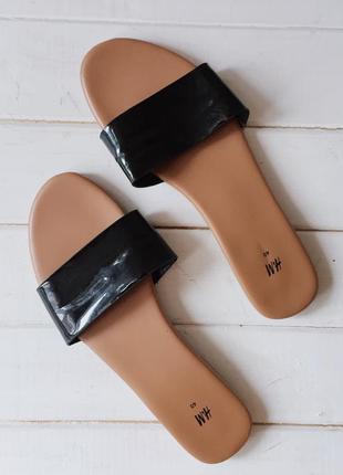 Простые, минималистичные босоножки, шлепанцы, сандалии h&m