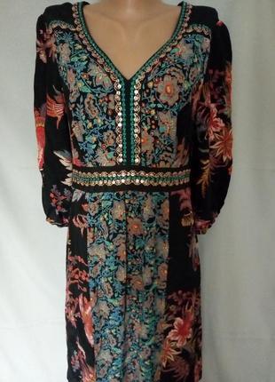 Натуральное легкое платье