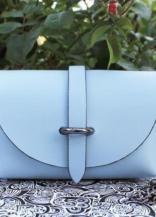 Нежно голубая кожаная мини сумка на лето, италия