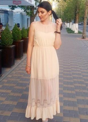 Очень красивое платье на подкладке vero moda