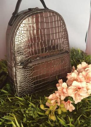 Кожаный рюкзак из италии