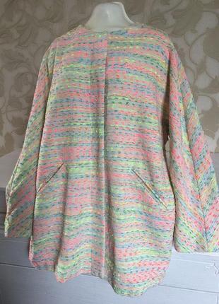 Объёмный летний цветной пиджак