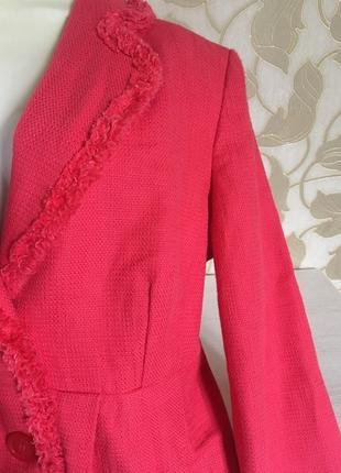 Малиновый летний пиджак m&c5 фото