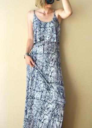 Длинное натуральное  платье сарафан из трикотажа змеиный принт seven 7 размер с м л